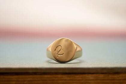 【Bespoke Order】Hand Engraved Signut ring(Brass) face type:Circle_blog_thumbnail