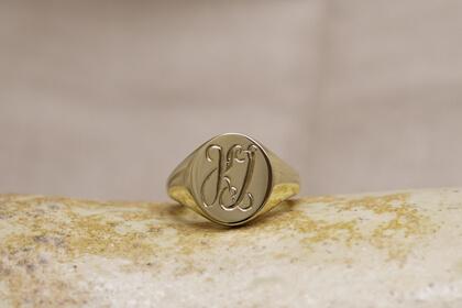【Semi-custom made】Hand Engraved Oval Signet Ring(Brass)_thumbnail