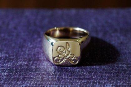 【Bespoke Order】Hand Engraved 『10KYO』 Square Signet Ring(9ct Gold) KM_thumbnail