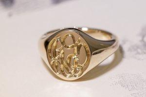 【Semi-custom made】The My Way×KUBUS Hand Engraved Oval Signet Ring(9ct Yellow Gold) RO5_thumbnail