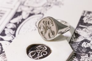 【Semi-custom made】Hand Engraved Oval Signet Ring(Sv925) 「RS」_2