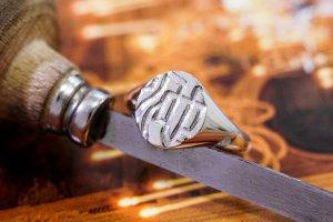 【Semi-custom made】Hand Engraved Oval Signet Ring(Sv925) 「KANJI-池」_4
