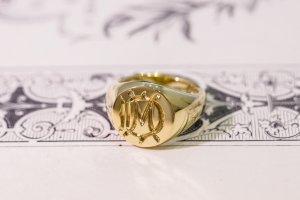 【Bespoke Order】Hand Engraved Circle Signet Ring(18ct Yellow Gold)「MD」_7