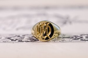 【Bespoke Order】Hand Engraved Circle Signet Ring(18ct Yellow Gold)「MD」_完成6