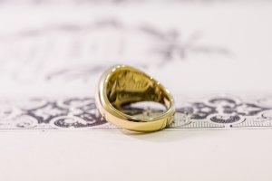 【Bespoke Order】Hand Engraved Circle Signet Ring(18ct Yellow Gold)「MD」_10