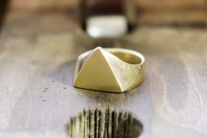 Triangle signet ring_研ぎ後