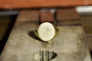 Big Oval Signet Ring_研ぎ後_正面