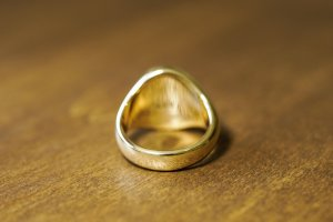 【Bespoke Order】Hand Engraved Big Oval Signet Ring(18ct Yellow Gold)「HL」_6