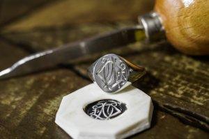 【Semi-custom made】Hand Engraved Oval Signet Ring(Sv925) 「DN」_完成2