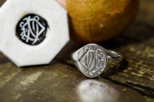 【Semi-custom made】Hand Engraved Oval Signet Ring(Sv925) 「DN」_2