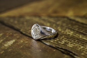 【Semi-custom made】Hand Engraved Oval Signet Ring(Sv925) 「DN」_4