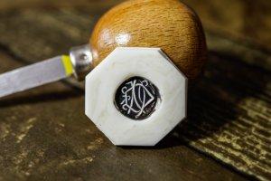 【Semi-custom made】Hand Engraved Oval Signet Ring(Sv925) 「DN」_シーリングスタンプ