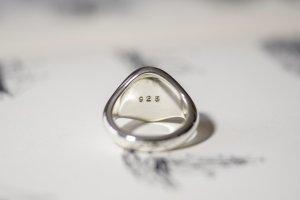 【Semi-custom made】Glayage KYOTO×KUBUS Hand Engraved Oval Signet Ring(Sv925) 「SK」+lightning motif(option)_8