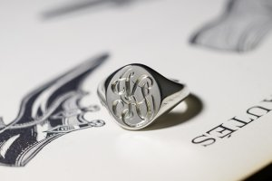 【Semi-custom made】Glayage KYOTO×KUBUS Hand Engraved Oval Signet Ring(Sv925) 「KS」_ 完成2