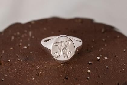 【Semi-custom made】The My Way×KUBUS Hand Engraved Oval Signet Ring(Sv925)Blog_thumbnail